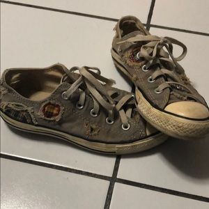 Converse - OPEN TO OFFERS